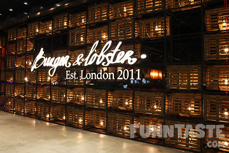 Burger lobster 39 s valentine 39 s day special skyavenue for Special hotels worldwide