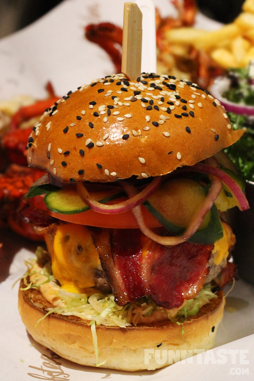 Burger & Lobster's Valentine's Day Special @ SkyAvenue, Genting